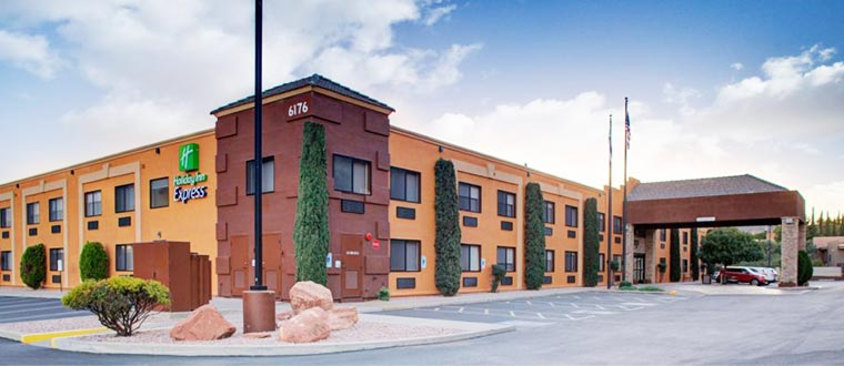 hotel holiday inn express oak creek sedona scandorama. Black Bedroom Furniture Sets. Home Design Ideas